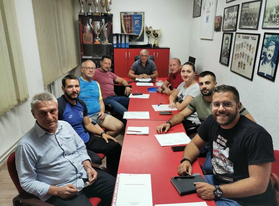 Organizacioni odbor 5. tuzlanskog maratona za rekreativce